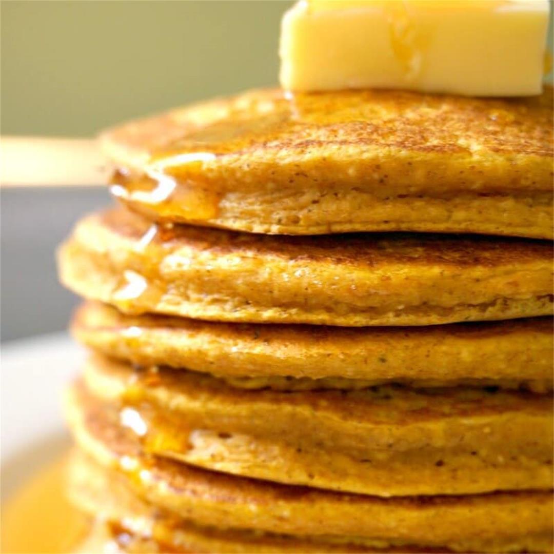 Fluffy Oatmeal Pumpkin Pancakes