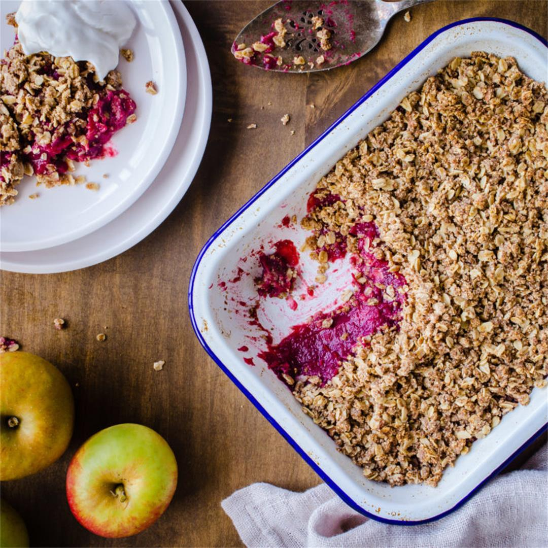 Apple & Blackberry Crumble (vegan & gluten-free)