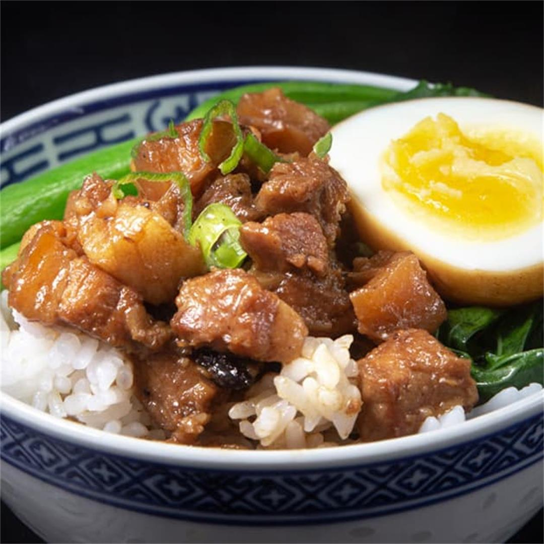 Instant Pot Taiwanese Braised Pork (古早味台式滷肉飯)
