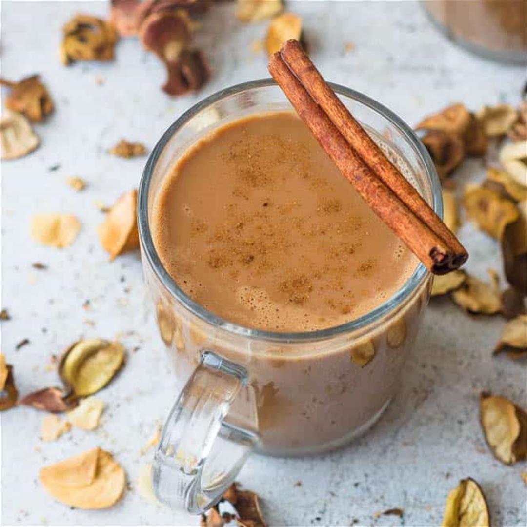 Vegan pumpkin spice hot chocolate