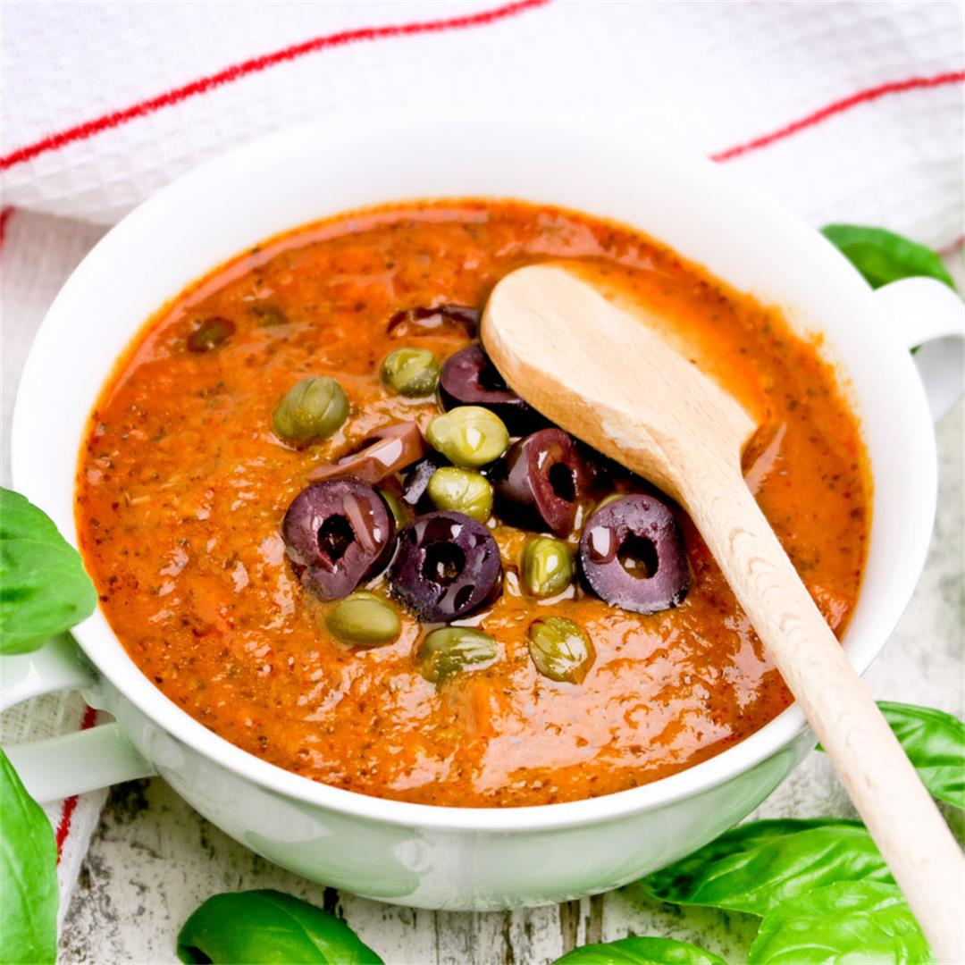 Italian tomato sauce with herbs, garlic, olives and capers!