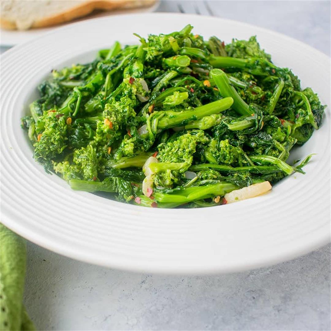 Rapini (Broccoli Rabe) with Garlic