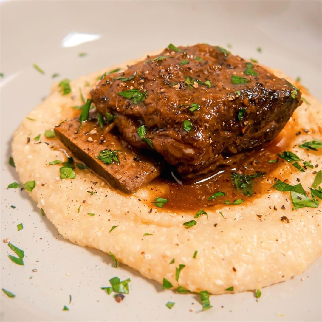 Slow Cooker Beef Short Ribs with Polenta