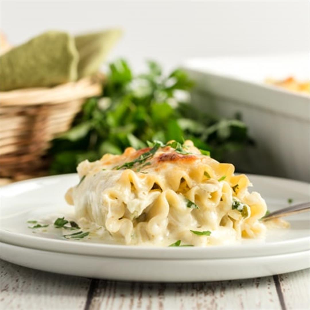 Florentine Chicken Lasagna Roll Ups