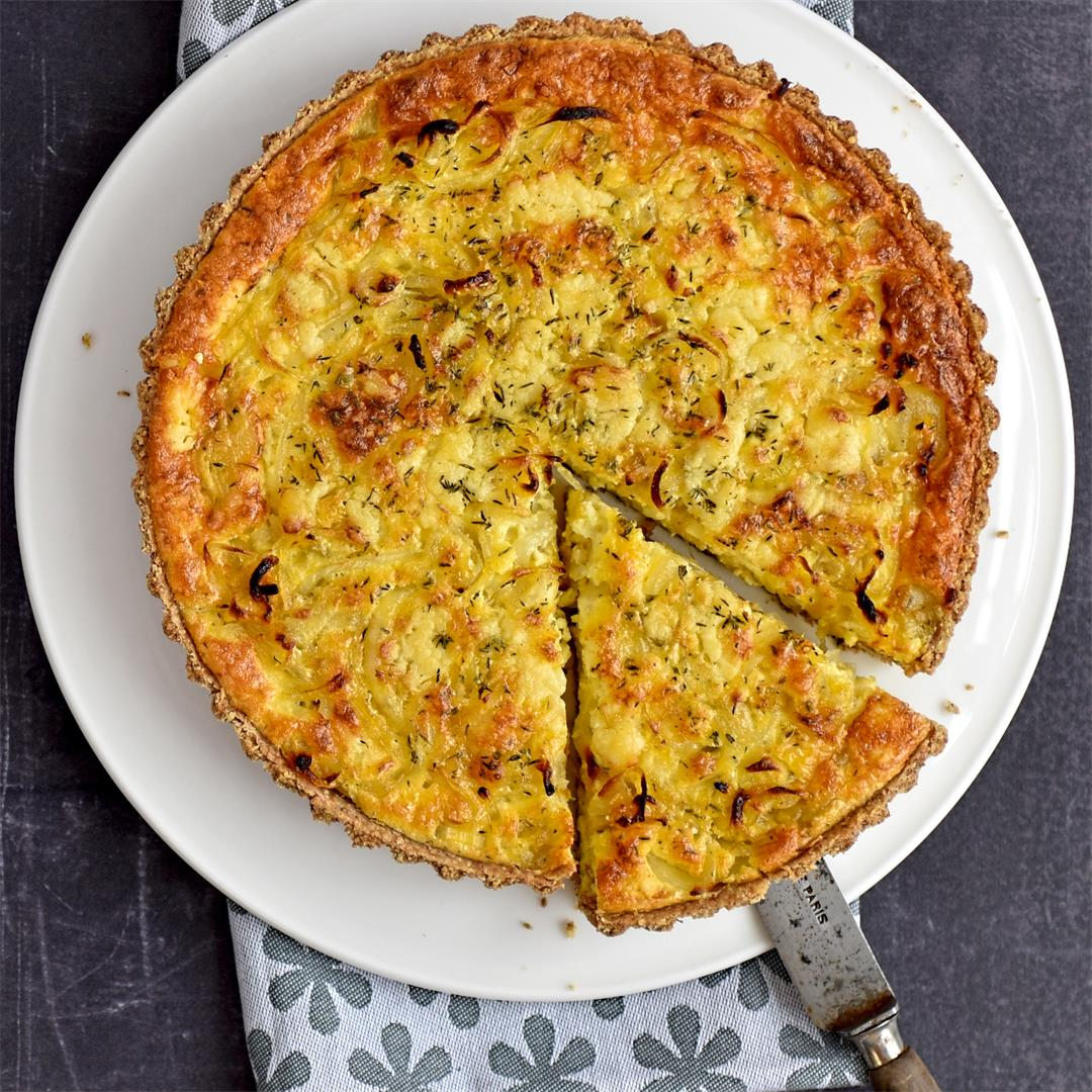 caramelised onion and thyme tart