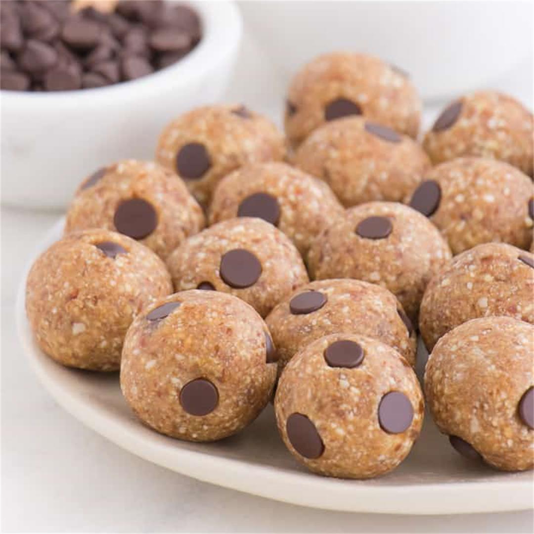Vegan Chocolate Chip Cookie Dough Balls