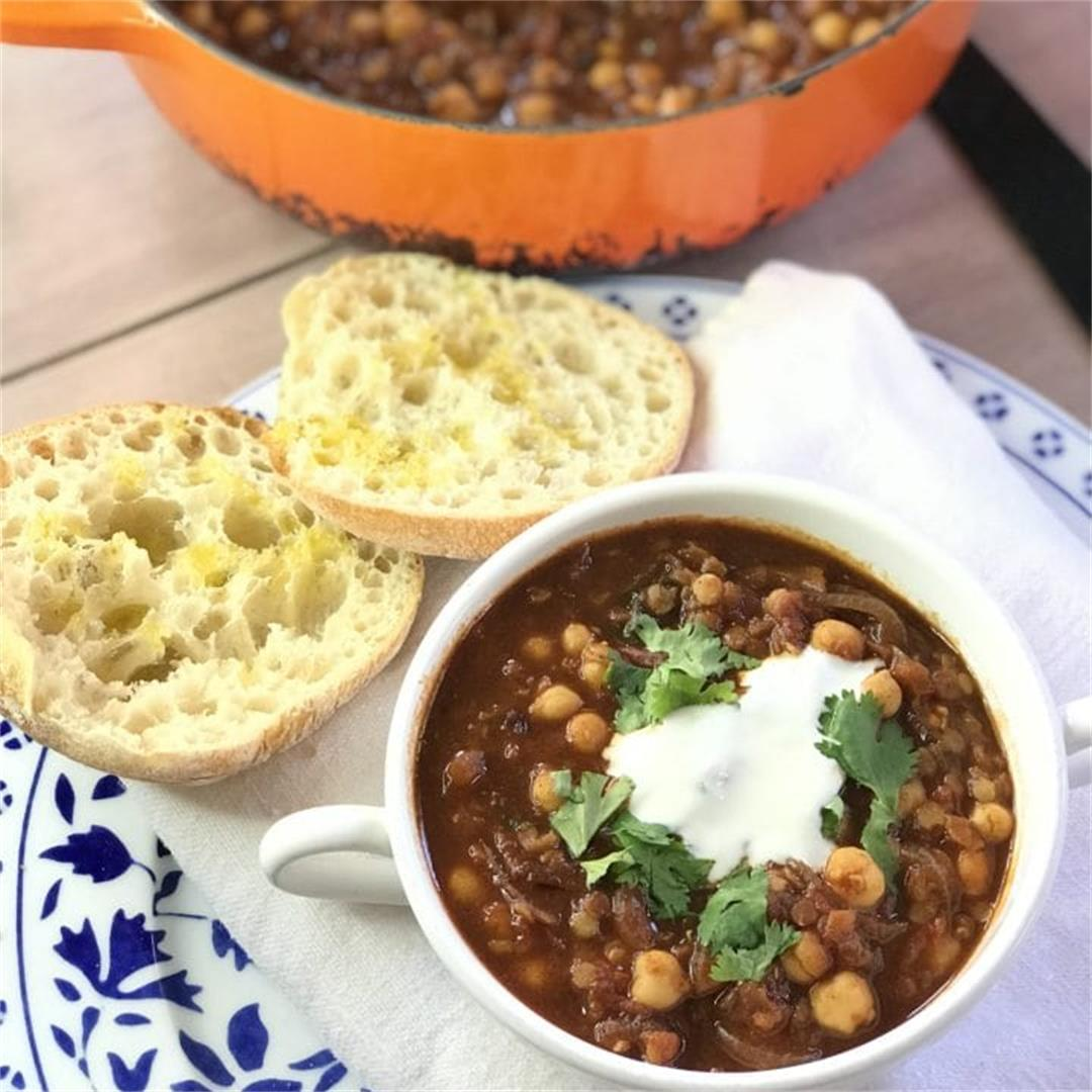 Spiced Moroccan Lentil & Chickpea Soup