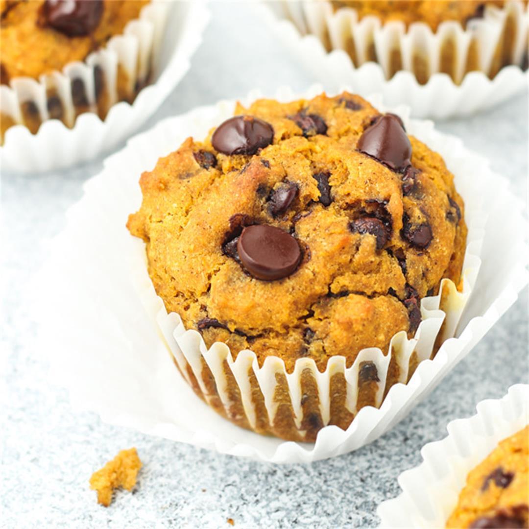 Gluten Free Pumpkin Muffins (Dairy-free & naturally sweetened!)