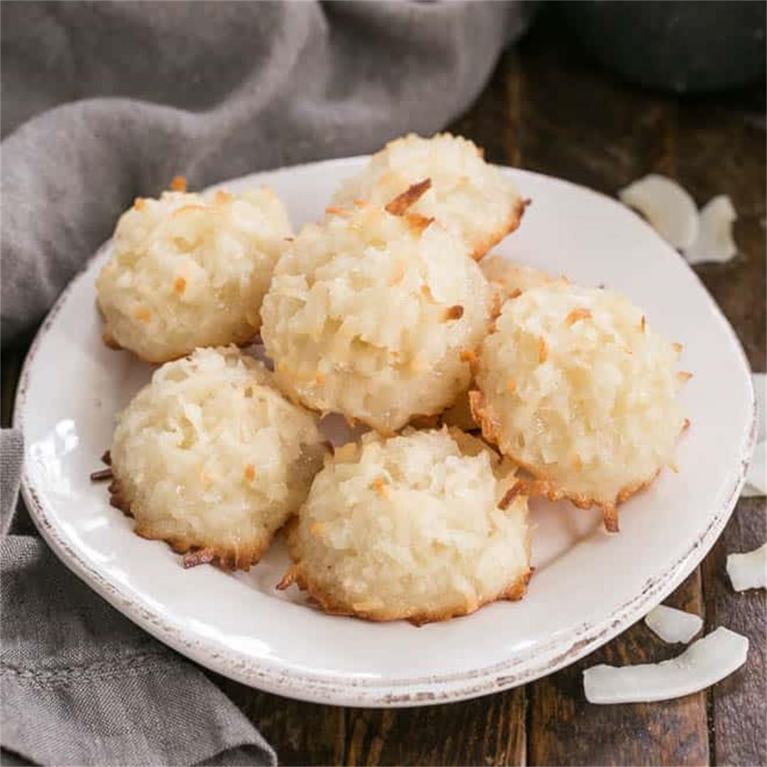 Classic Coconut Macaroons
