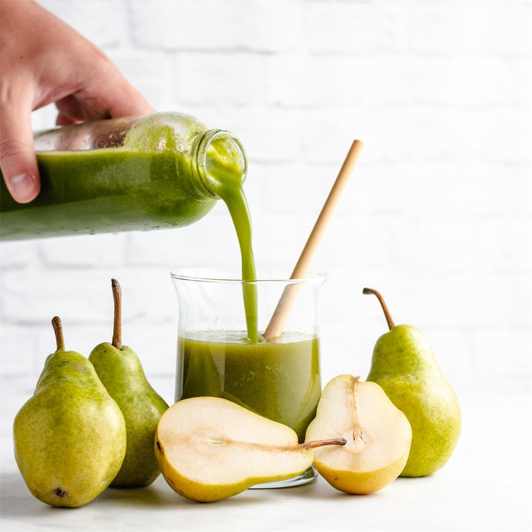 Homemade Pear Juice (Two Ways)