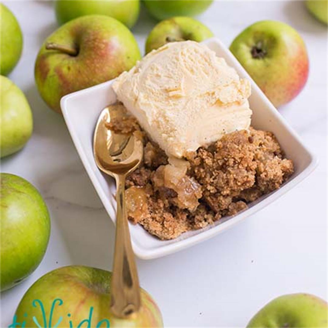 An Amazing Apple Crumble Recipe for Fall