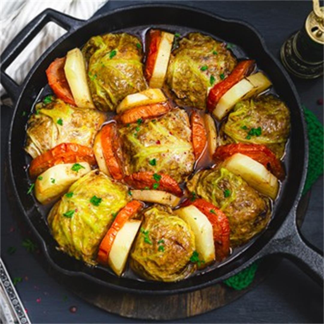Palestinian-Style Stuffed Savoy Cabbage Rolls - Malfuf Mahshi
