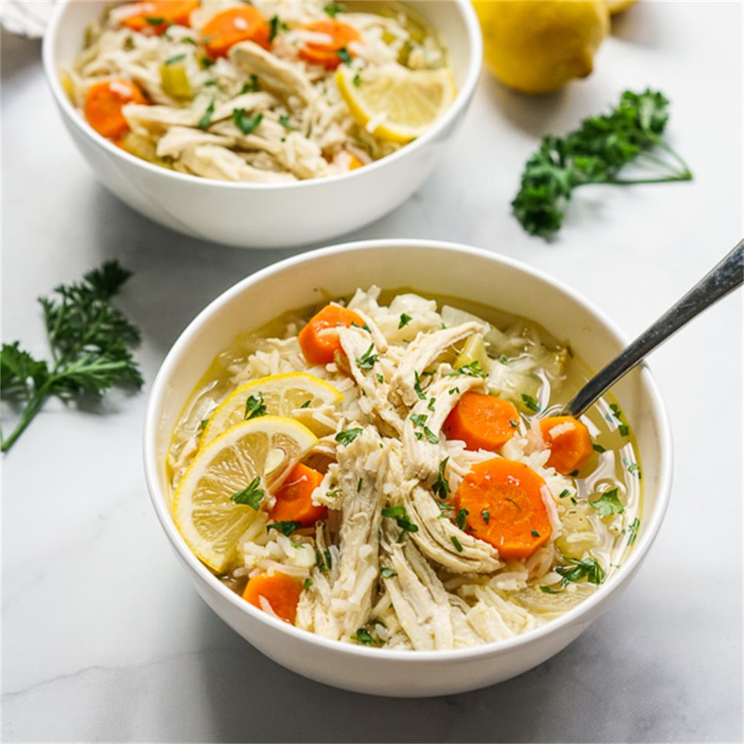 Lemon Chicken and Rice Soup (30-Minute One Pot Meal!)