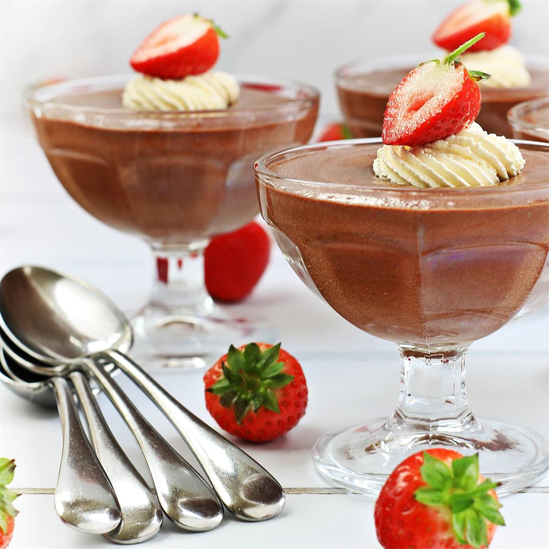 Foolproof Rich Chocolate Mousse with step-by-step video