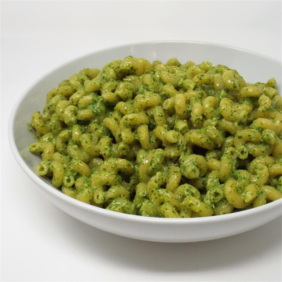 Arugula and Ricotta Pesto Pasta