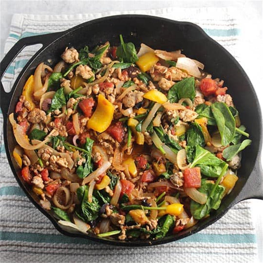 Greek Style Ground Turkey Skillet with Spinach #SundaySupper