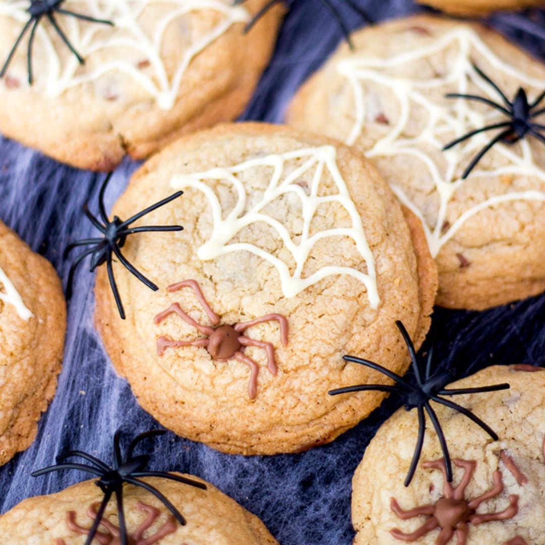 Spooky Halloween Spider Cookies