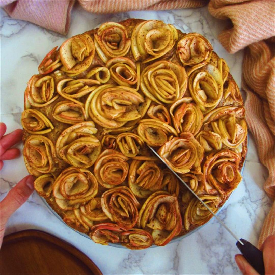 Spiced Apple Bouquet Cake