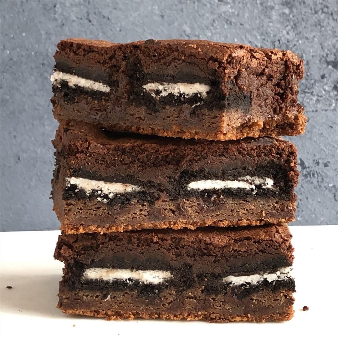Ultimate Slutty Brownie