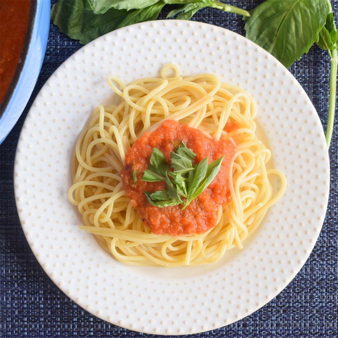 Easy Spaghetti Pomodoro