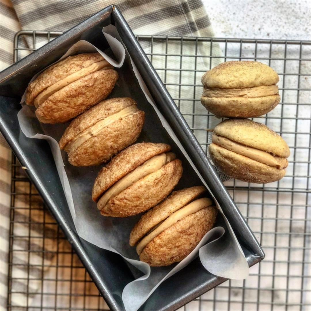 Snickerdoodle Whoopie Pies With Speculoos Filling