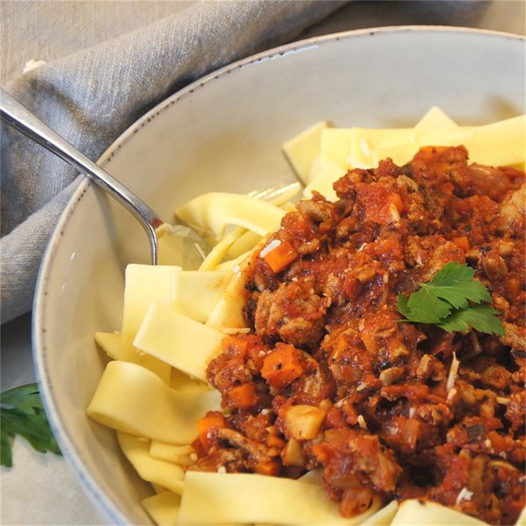 Turkey Bolognese — Land of 10,000 Recipes
