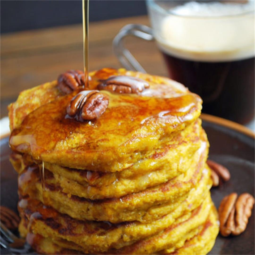 Easy Pumpkin Oat Flour Pancakes with Kefir