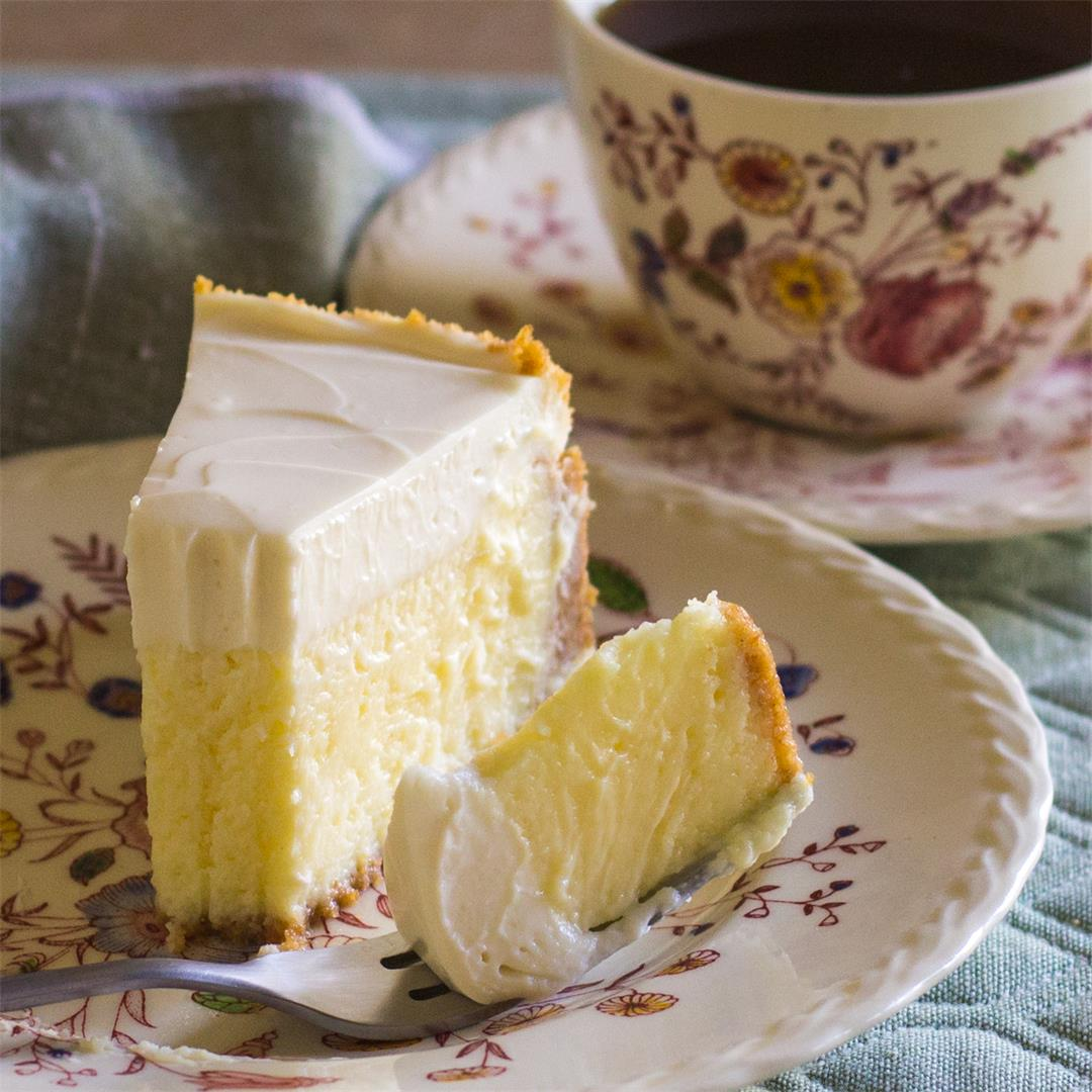 New York Cheesecake with Lemon » and cream cheese & sour cream