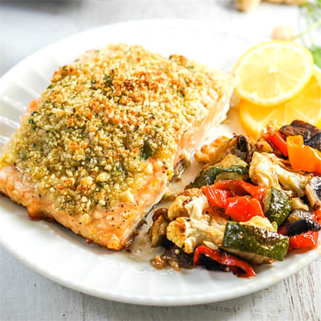 Easy Baked Nut Crusted Salmon for a delicious low carb dinner!