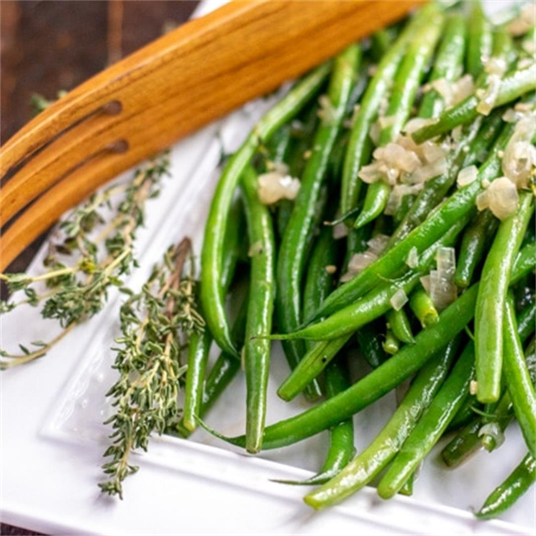 Sauteed Green Beans Recipe (an easy side dish!)