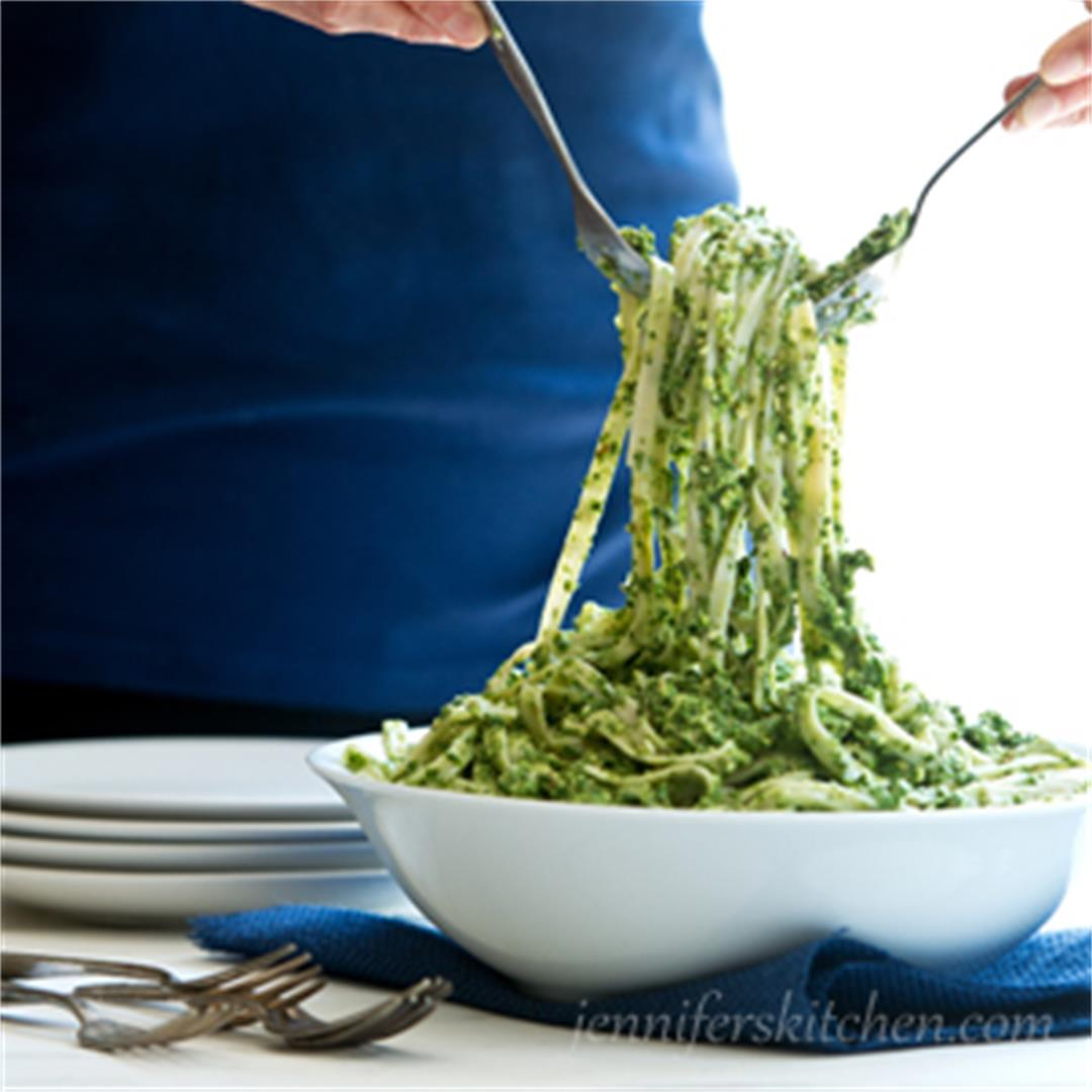 Fettuccine with Parsley Almond Pesto (Vegan)