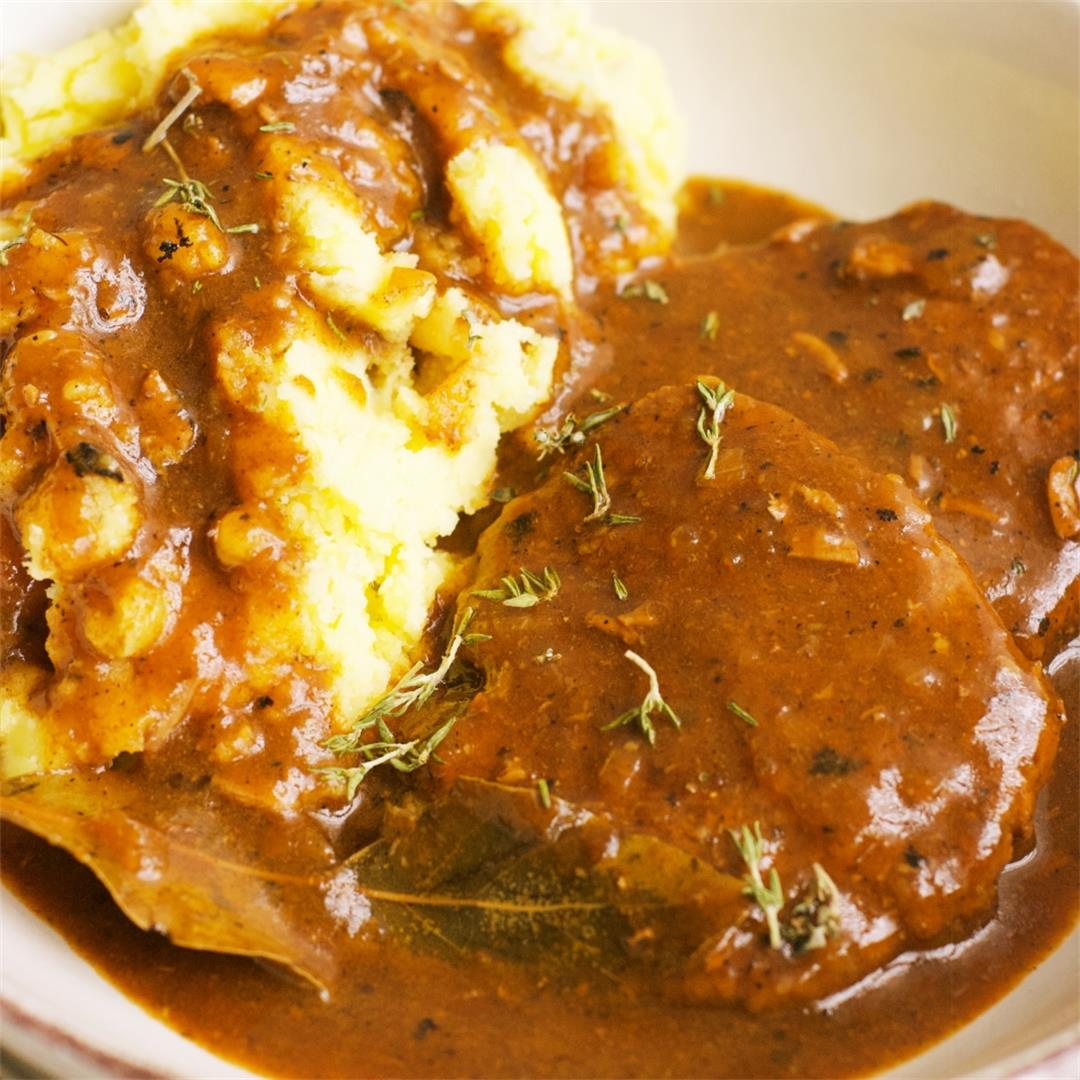 Polish Cube Steaks With Gravy (Bitki Wołowe)