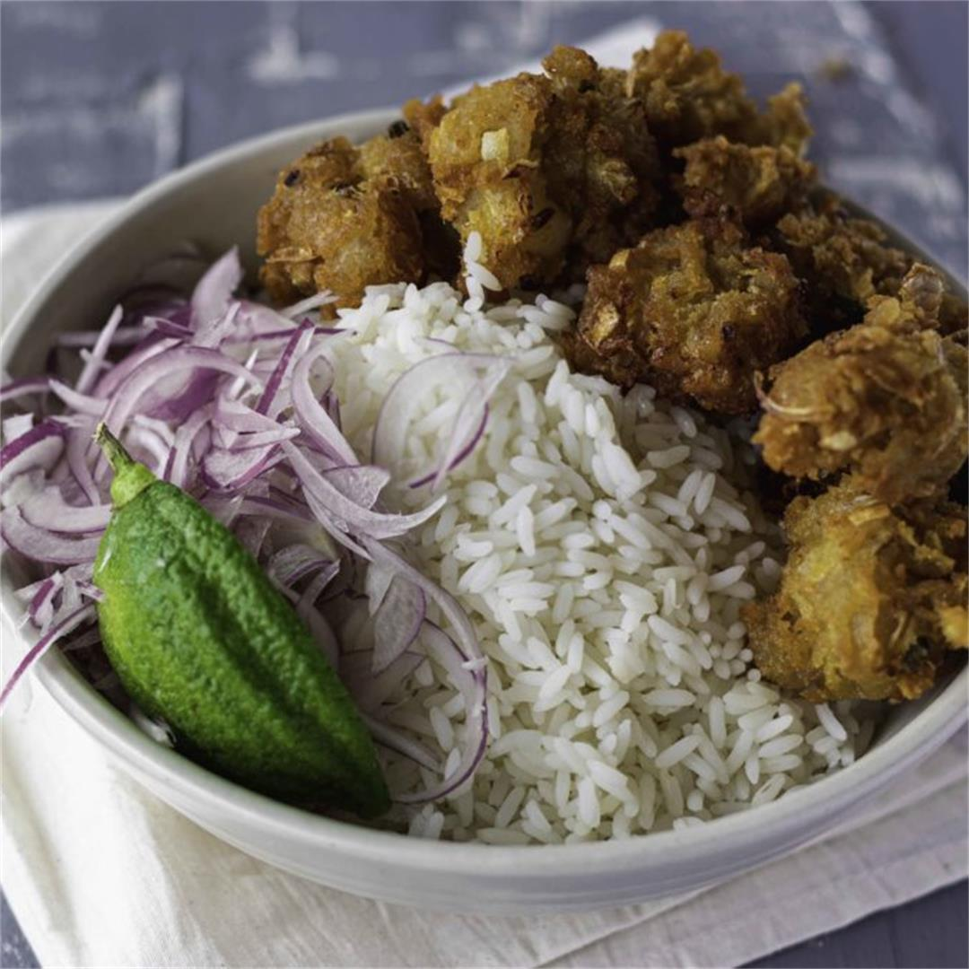 Chorbir bora : Bengali Style Deep Fried Pillows of Mutton Fat