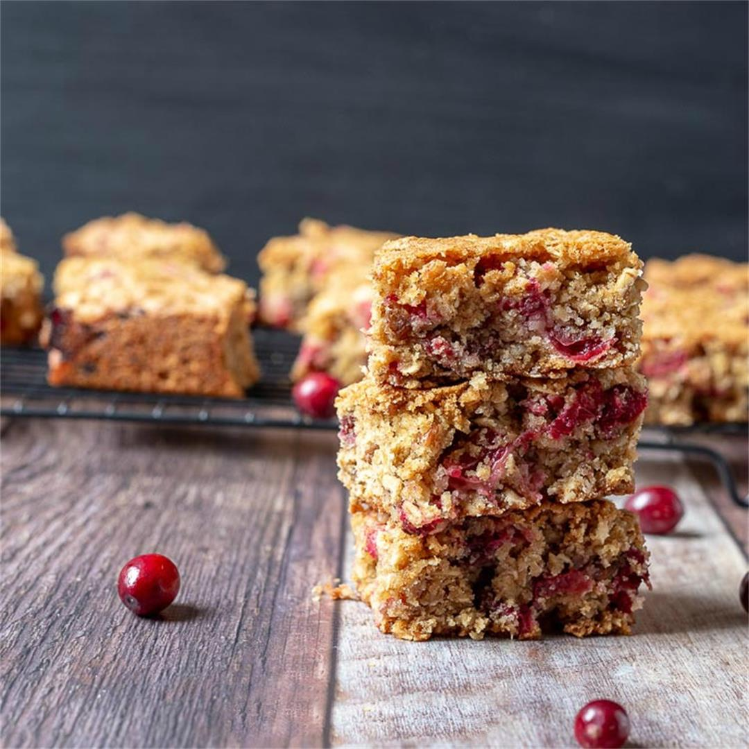 Cranberry Oatmeal Bars Made with Fresh Cranberries