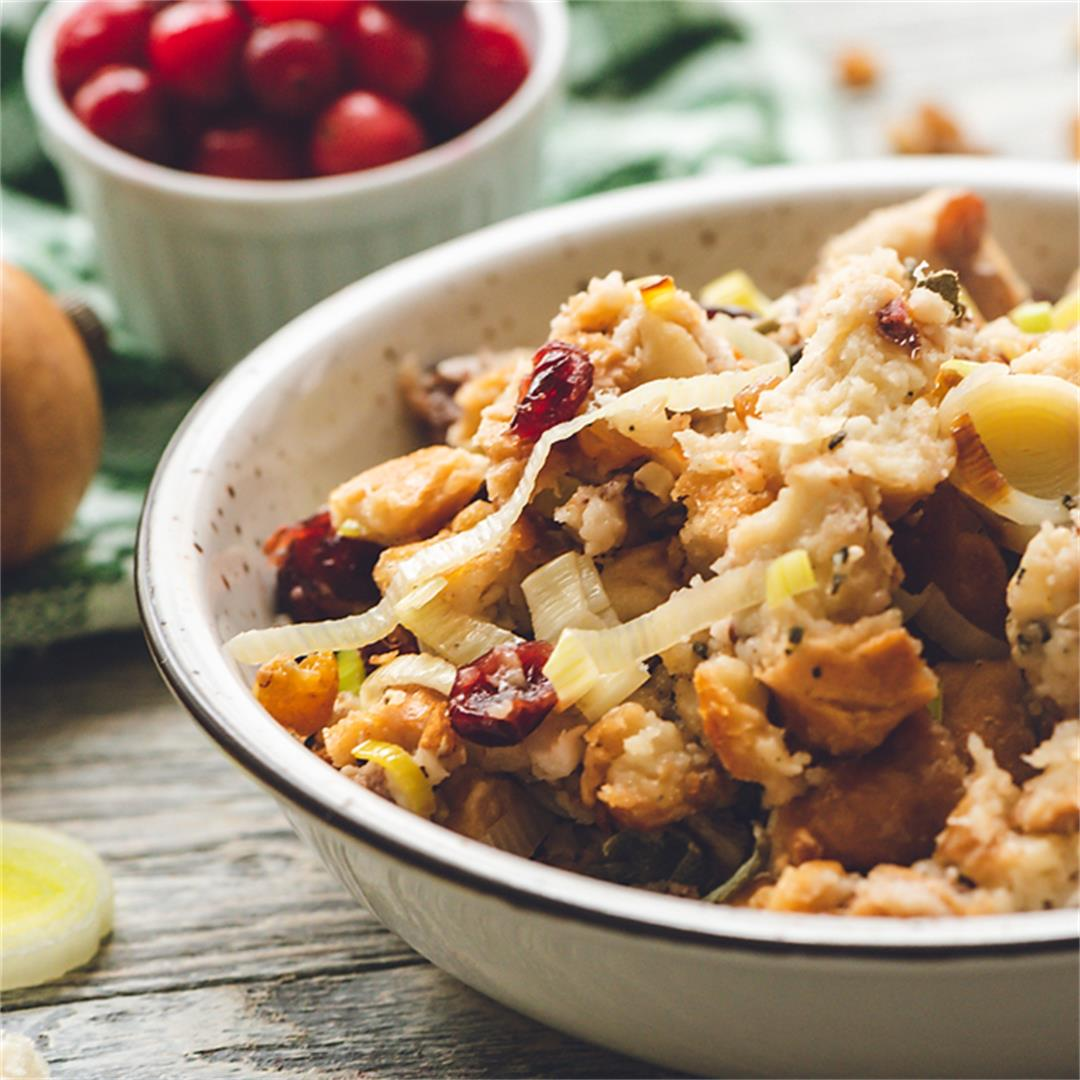 Crock Pot Cranberry Pecan Stuffing