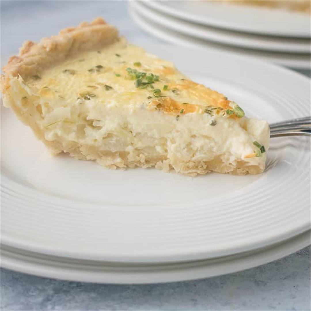 Vidalia Onion Pie with Cream Cheese