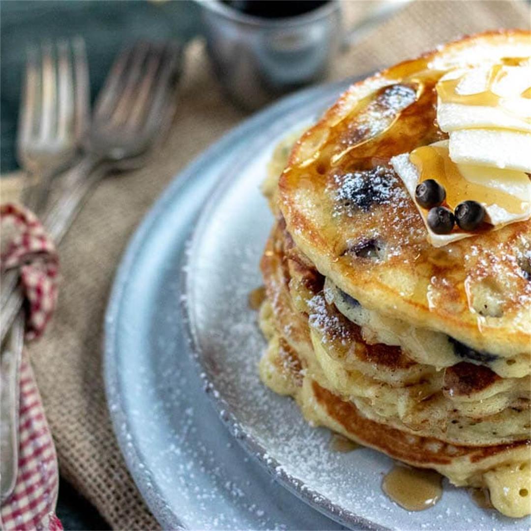 Fluffy Blueberry Pancakes Recipe