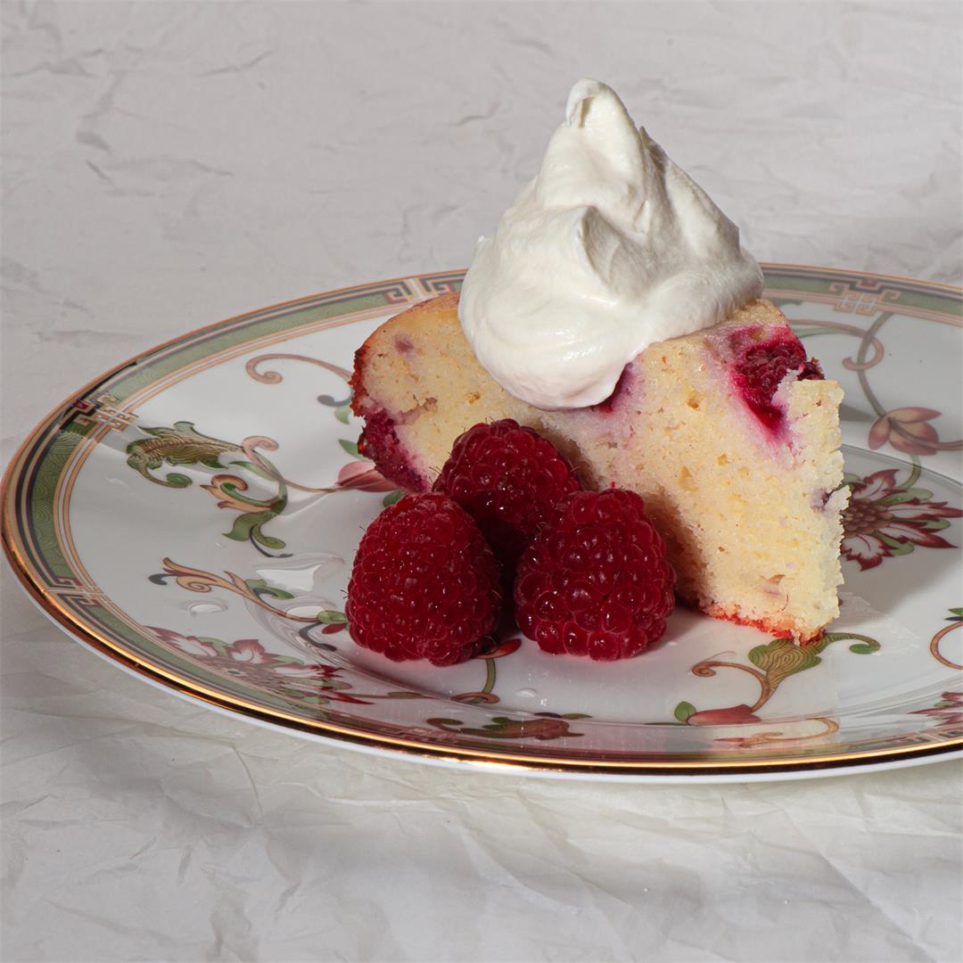 It's A Beauty: Ricotta Cake With Raspberries