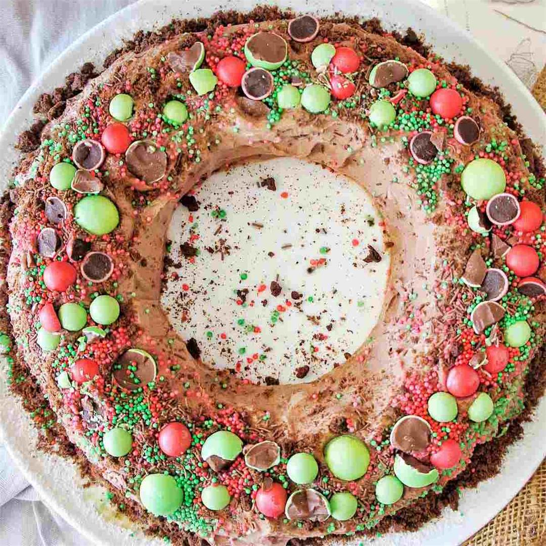 Chocolate Ripple Wreath