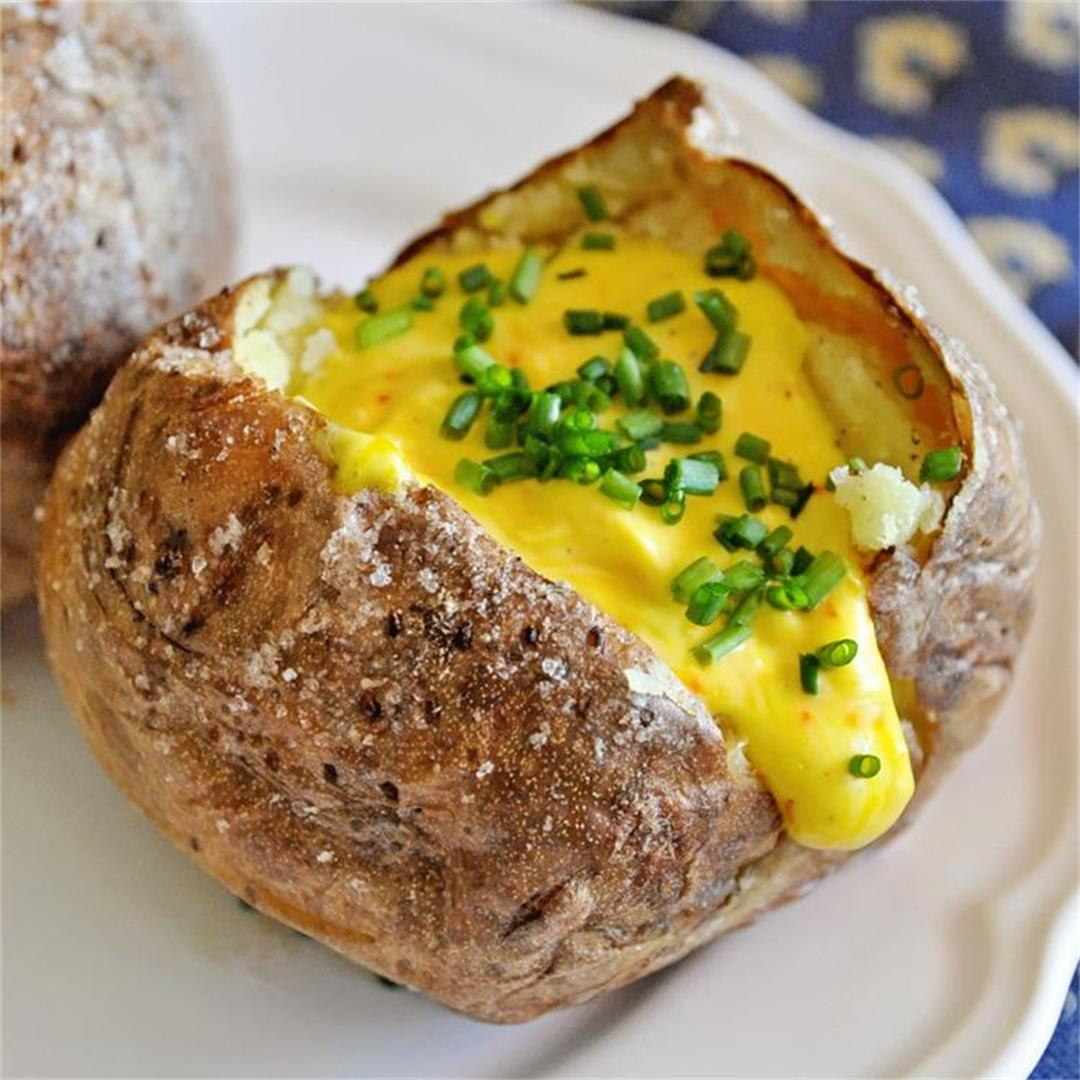Crispy Baked Potatoes with Saffron Aioli