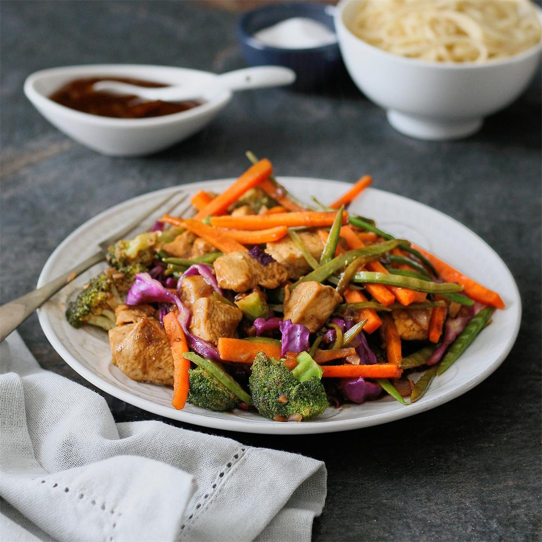 Chutney chicken and vegetable stir fry