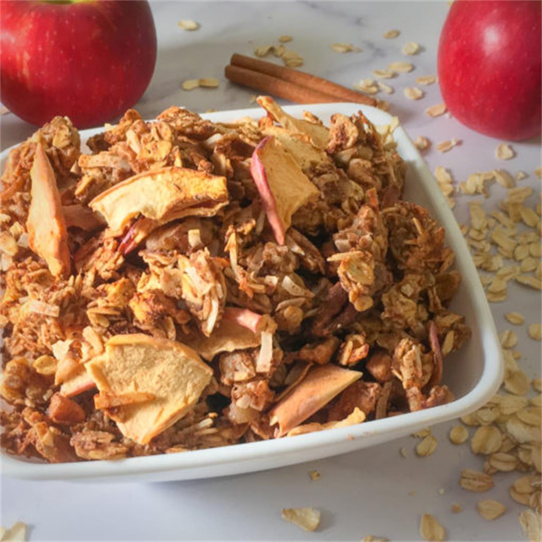 Apple Pie Chunky Granola Recipe – No Added Sugar!