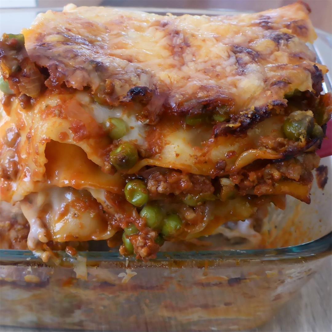 Easy & quick pork & beef Lasagna with Bechamel sauce