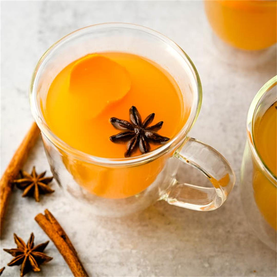 Spiked Apple Cider Wine Hot Punch