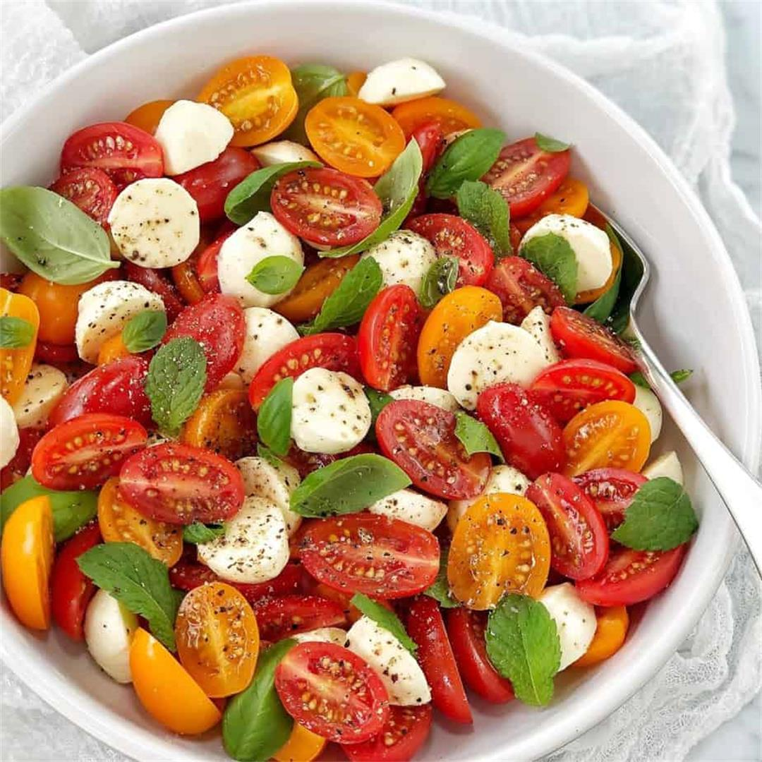 Tomato and Bocconcini Salad