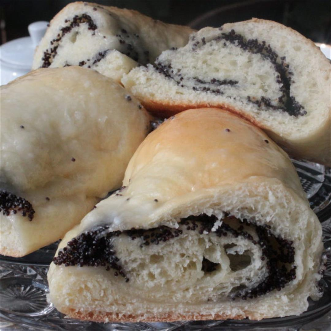 Grandmother's Poppyseed rolls