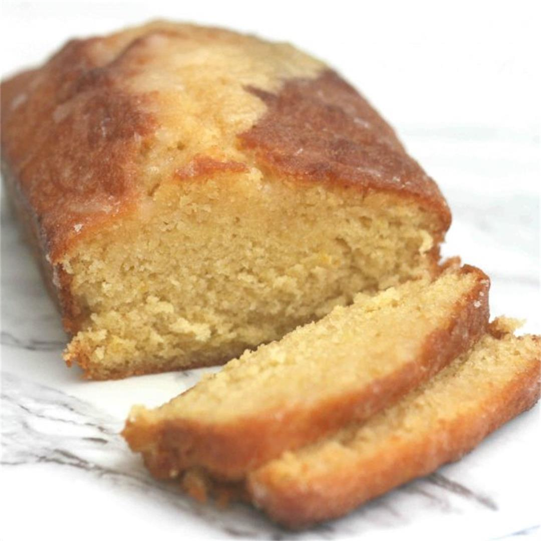 Mary Berry's lemon drizzle cake