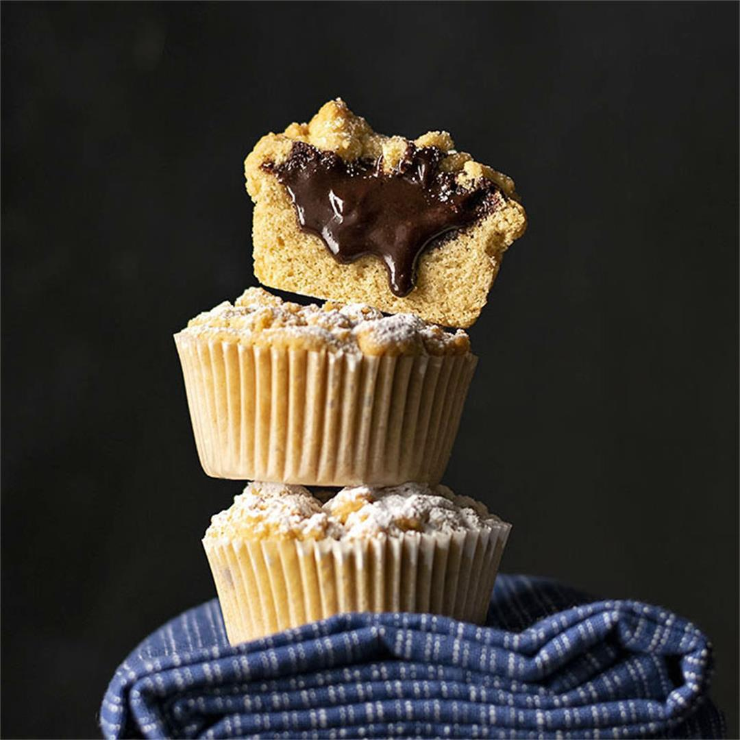 Tahini & Chocolate (or Nutella) stuffed crumble muffins