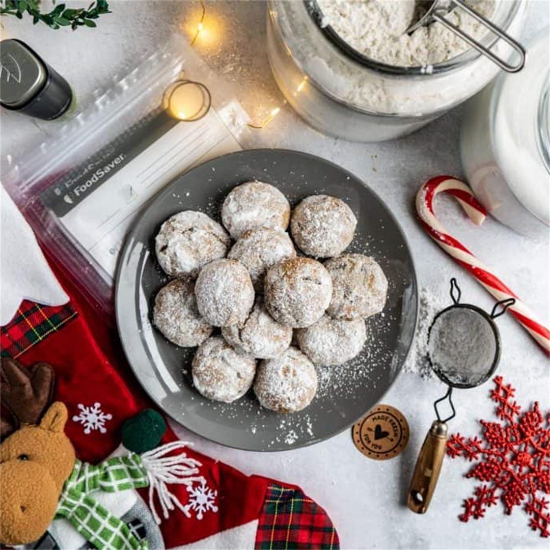 Pfeffernusse Holiday Cookies