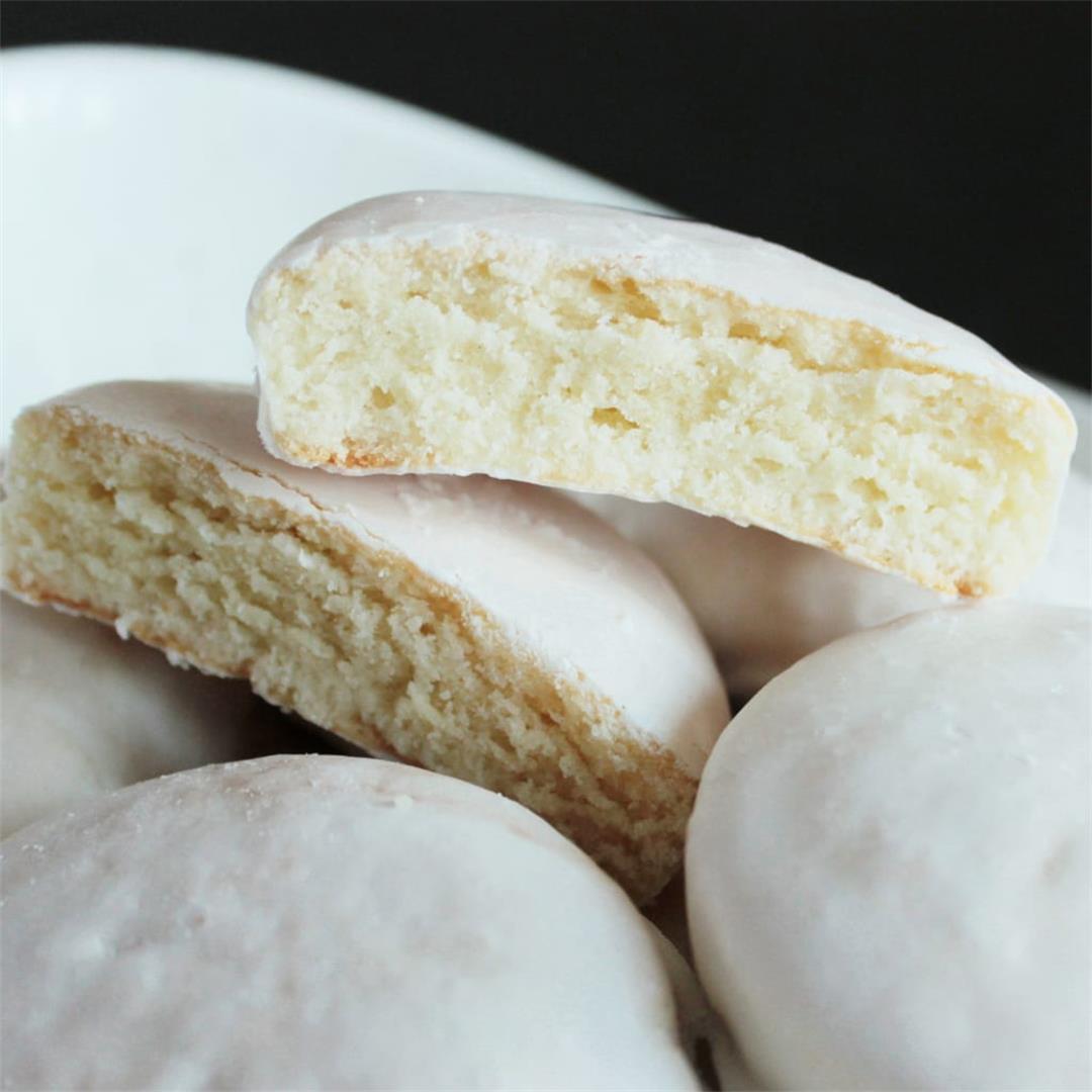 Soft Russian Tea Cookies (Pryaniki)